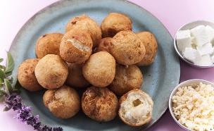 סופגניות מלוחות ללא שמרים  (צילום: אפיק גבאי, אוכל טוב)