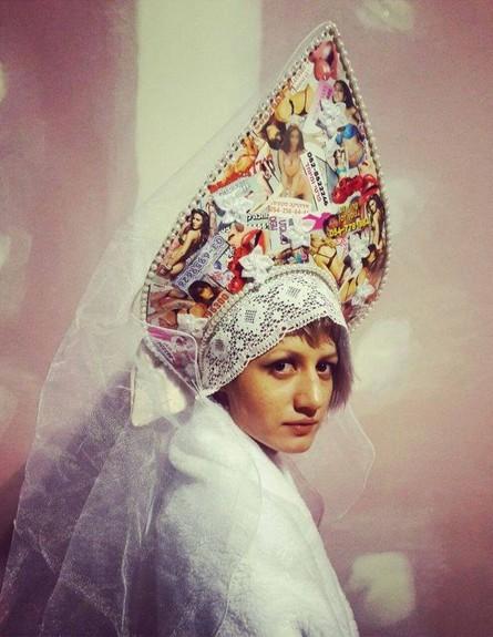 אישה רוסייה (צילום: וננה בוריאן, עבודתה של סשה קורבטוב)