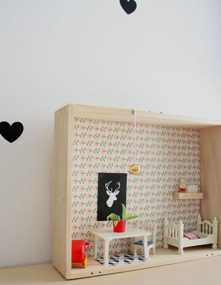 מגירות, בית בובות (4) (צילום: אפרת יפה)