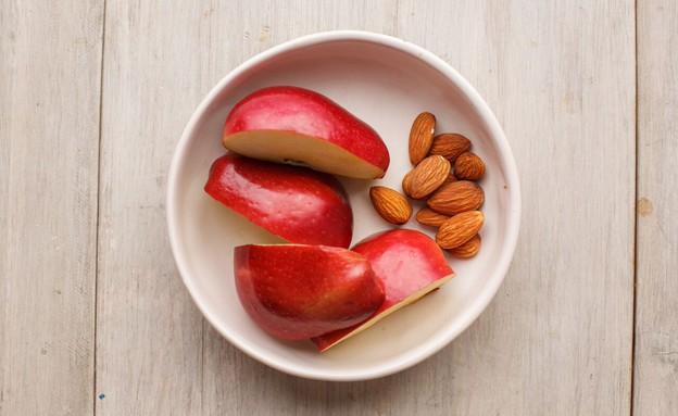 אתגר האוכל הבריא תפוח ושקדים (צילום: חיים יוסף, אוכל טוב)