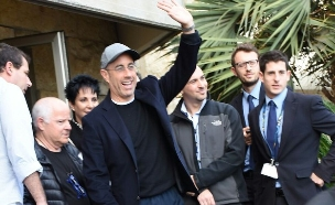 ג׳רי סיינפלד נחת בישראל (צילום: אביב חופי)