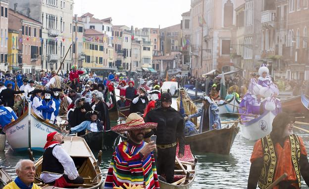 פסטיבל המסכות בוונציה (צילום: Marco Secchi, GettyImages IL)