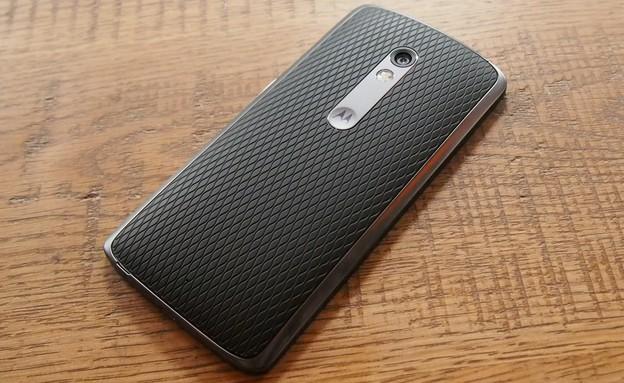 Motorola Moto X Play (צילום: ניב ליליאן | מגזין החיבור)