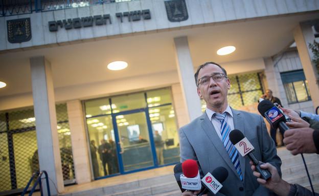 פרקליט המדינה שי ניצן בהצהרה לתקשורת לגבי משפטו של זדורוב, 23.12.1 (צילום: יונתן סינדל לפלאש 90)