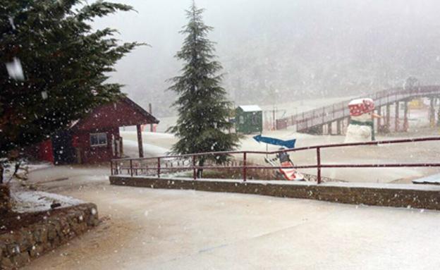 שלג החל לרדת בחרמון, ארכיון (צילום: אתר החרמון)