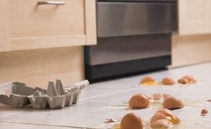 ביצים שבורות (צילום: Jupiterimages, Thinkstock)