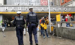 המשטרה במינכן, הבוקר (צילום: רויטרס)
