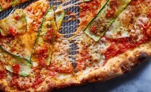 פיצה ורוניקה (צילום: דן פרץ, PIZZA)