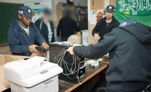 הפשיטה על משרדי התנועה האסלאמית, ארכיון (צילום: חטיבת דוברות המשטרה)