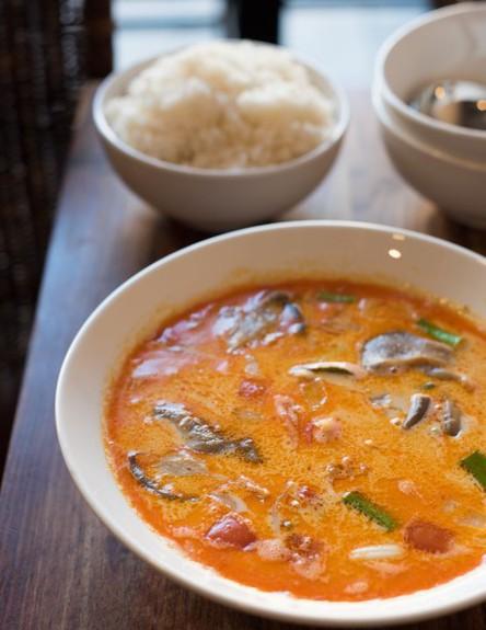 סקון נקון ראשון לציון מרק תאילנדי (צילום: נמרוד סונדרס,  יחסי ציבור )