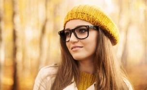בחורה במשקפיים (צילום: אימג'בנק / Thinkstock)