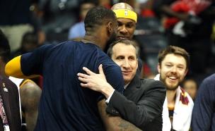 לברון ג'יימס, דייויד בלאט, קליבלנד קבאלירס NBA (צילום: חדשות 2)