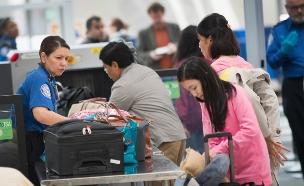 עובדי רשות שדות התעופה האמריקאית (צילום: Scott Olson, GettyImages IL)