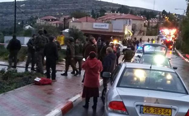 זירת הפיגוע בבית חורון, לפני יומיים (צילום: TPS)
