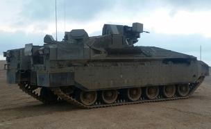"""שילוב מנצח: ה""""נמר"""" ו""""מעיל רוח"""" (צילום: מנהלת טנק המרכבה במשרד הביטחון)"""