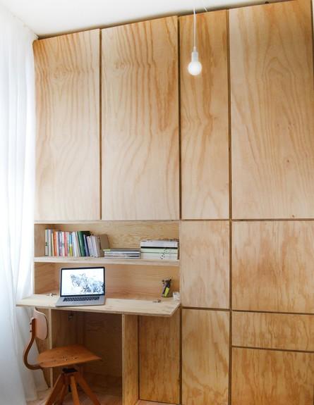 דירה לשימור בברלין, ג, ארון פתוח (צילום: Diane Adam - dianaadam.net)