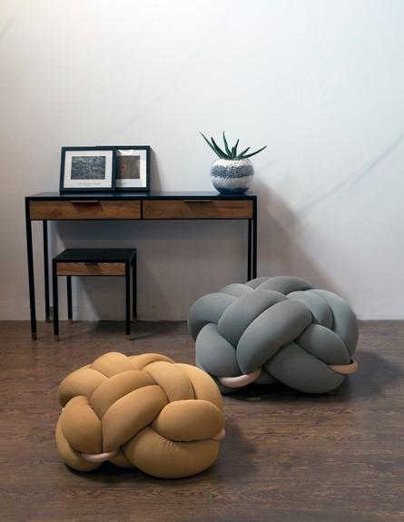 נטע טסלר, ג, כריות רצפה (צילום: עמי טסלר)