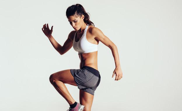 אימון, אישה (צילום: Jacob Lund, Shutterstock)