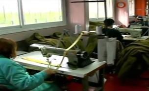 """""""עושים קופה על חשבון המוגבלים"""" (צילום: חדשות 2)"""