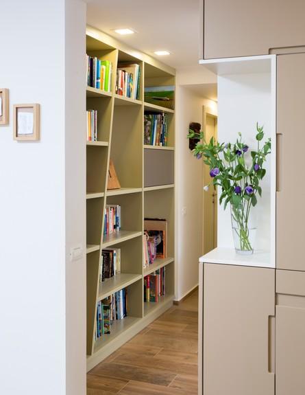 ליאת בני פלד, ג, ספרייה  (3) (צילום: שי אפשטיין)