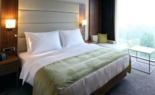 חדר במלון - אילוסטרציה (צילום: ShutterStock)