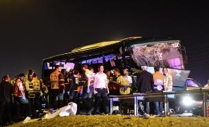 זירת התאונה ביום ראשון (צילום: פלאש 90)