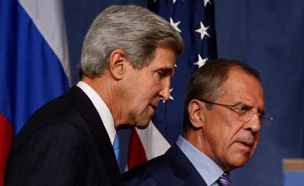 """שרי החוץ של ארה""""ב ורוסיה, קרי ולברוב (צילום: רוייטרס)"""