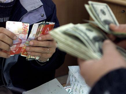 צ'יינג', חילוף כספים - כסף -שטרות דולר שקל (צילום: חדשות 2)