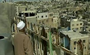 אוהד חמו בבית האחים הצלפים בחברון (צילום: חדשות 2)