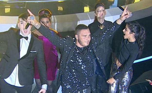 נדב גדג' מופיע באירוע הגמר (צילום: מתוך הכוכב הבא לאירוויזיון 2016, שידורי קשת)