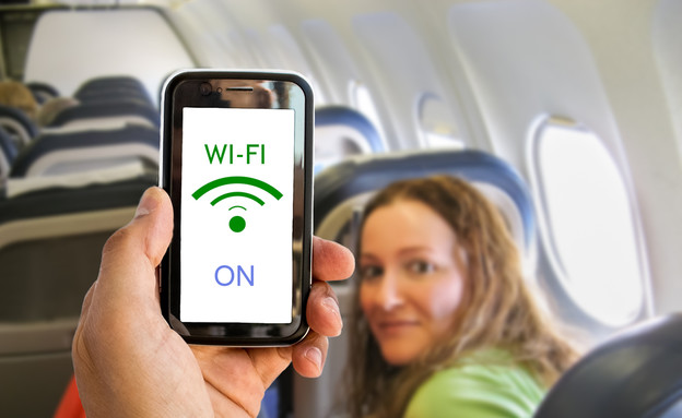 וויי פיי על המטוס (צילום: cunaplus, Shutterstock)