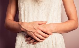 ידיים על בטן הריונית (צילום: Lolostock, Shutterstock)