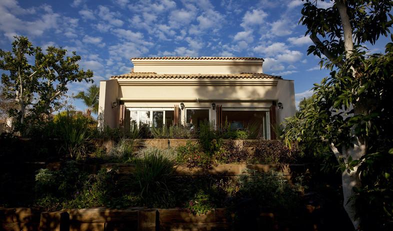 בית בנס ציונה, בית חזית (צילום: רועי מזרחי)