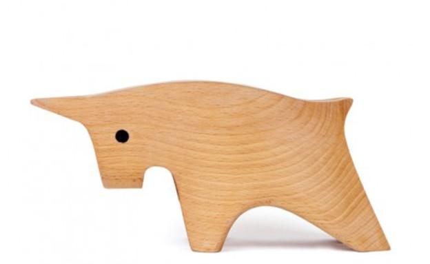 בעלי חיים05 קופסת עץ בצורת שור (צילום: Mopu)