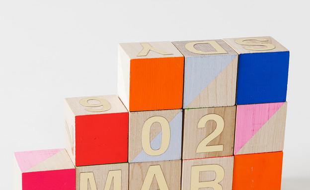 צבע07, לוח שנה מעץ (צילום: brit.co)