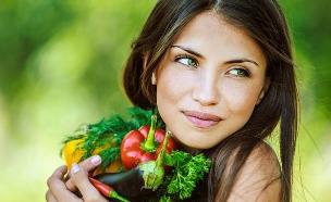 אהבה לירקות (צילום: Shutterstock/ BestPhotoStudio)