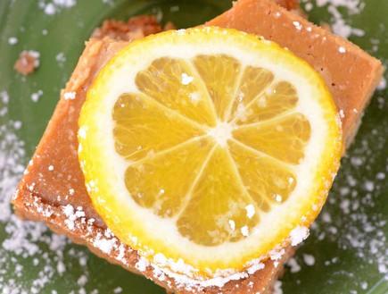 עוגת לימון וקרמל