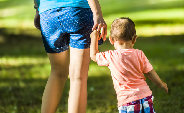 אמא וילד (צילום: Shutterstock)