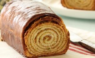 עוגת שמרים פיסטוק (צילום: חן שוקרון, אוכל טוב)