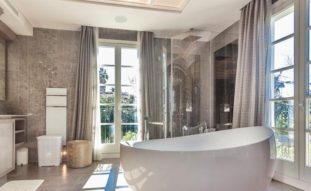 רמת שרון, חדר אמבטיה (צילום: יגאל הררי)