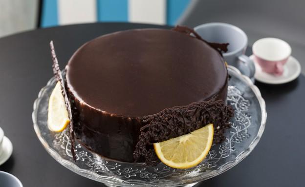 עוגת שוקולד - קרם ברולה חבוי (צילום: אפיק גבאי, בייק אוף ישראל)