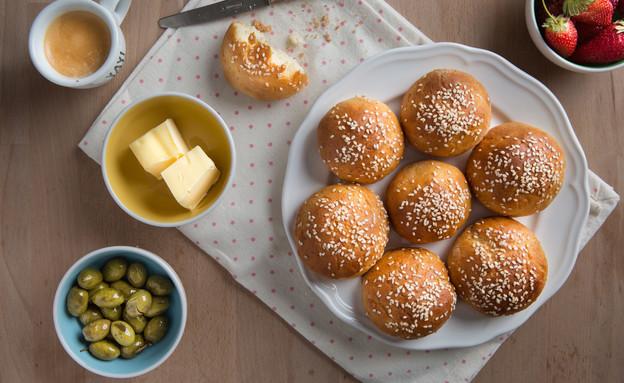 לחמניות לפסח (צילום: דרור עינב, אוכל טוב)