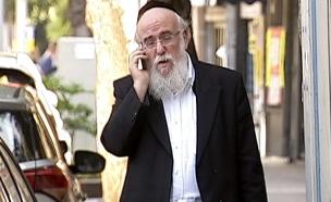 ראש מחלקת הנישואים בחיפה (צילום: חדשות 2)