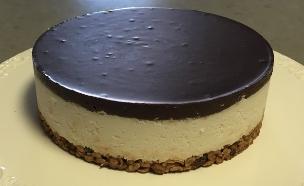 עוגת שכבות קוקוס ושוקולד (צילום: בייק אוף ישראל)