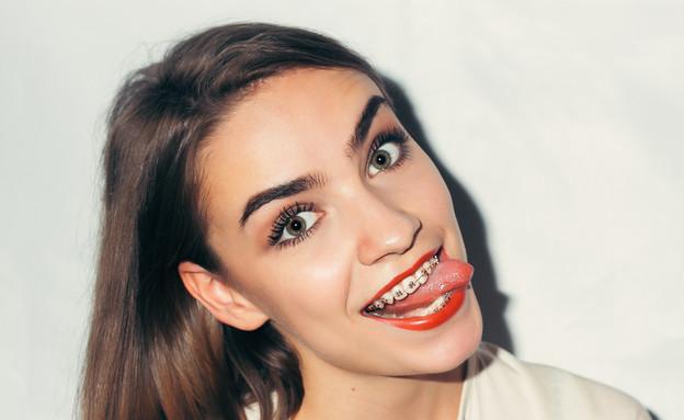 גשר בשיניים (צילום: Misha Beliy, Shutterstock)