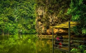 אגם המראה, מלזיה (צילום: Sharman Shariff, Shutterstock)