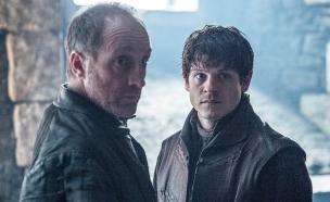 רמזי בולטון ורוס בולטון ב'משחקי הכס' עונה 6 פרק 3 (צילום: HBO,  יחסי ציבור )