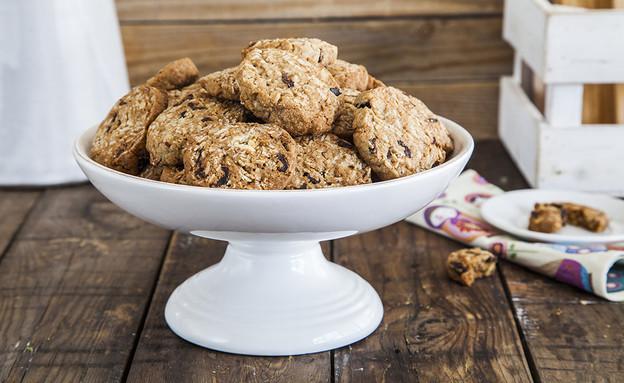 עוגיות שיבולת שועל, חמוציות ואגוזים (צילום: אסף אמברם, אוכל טוב)