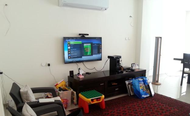 לימור לריאה, הסלון לפני השיפוץ (צילום: צילום ביתי)