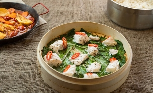 קוסקוס עם דגים (צילום: דרור עינב, אוכל טוב)